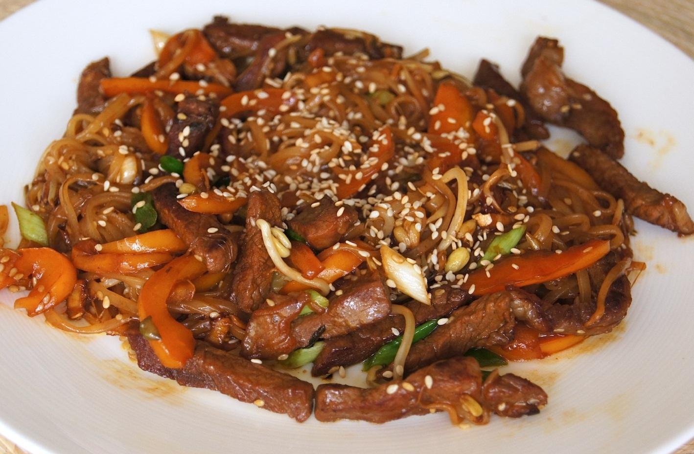 рисовая лапша со свининой фото