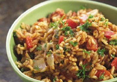 рис с овощами и фаршем в мультиварке
