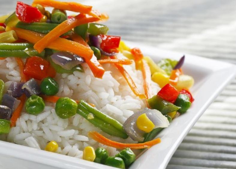 рис с овощами в пароварке фото
