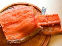 kak-zasolit'-krasnuju-rybu