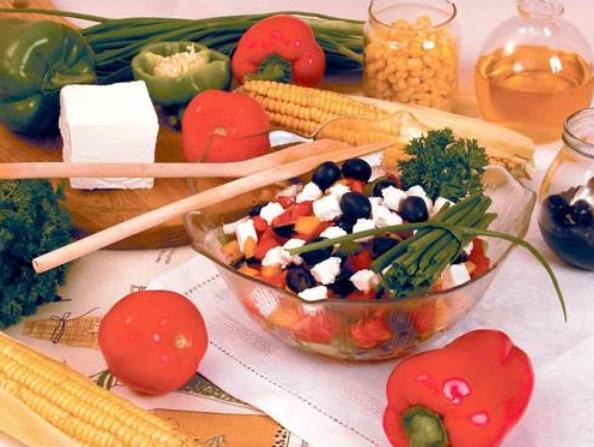 salaty-na-den'-rozhdenija-letom